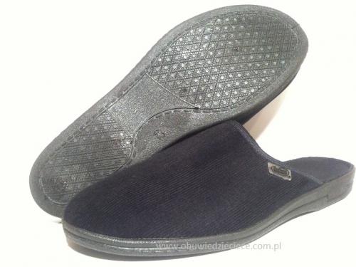 b9035fcf1e27c 7-715M009 TONI czarne sztruksowe klapki kapcie pantofle domowe męskie  Befado 39-46